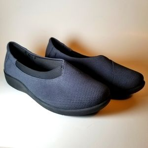 Clarks Slip On Shoes New Without Tags